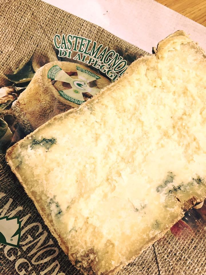formaggio aperto