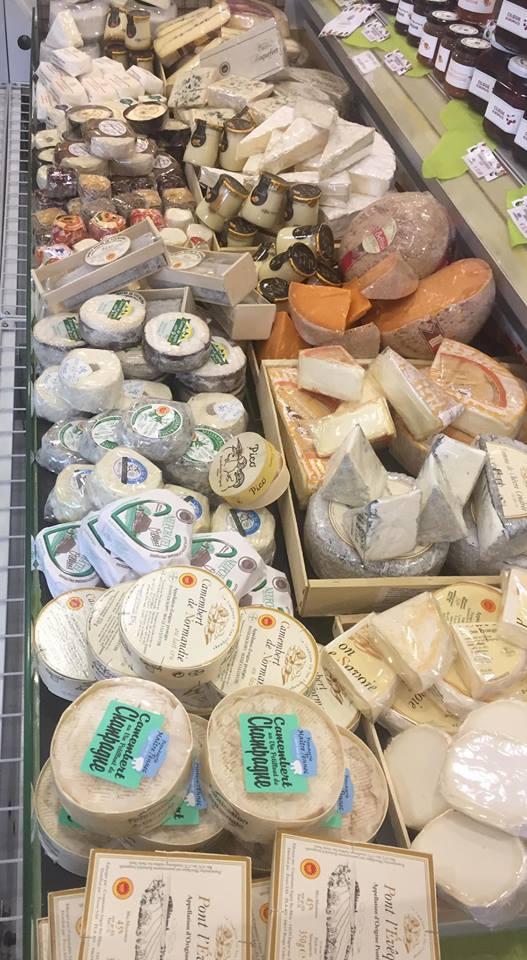 formaggi in esposizione
