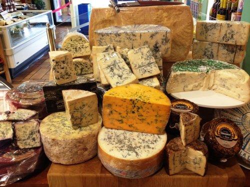 formaggio di diversi tipi