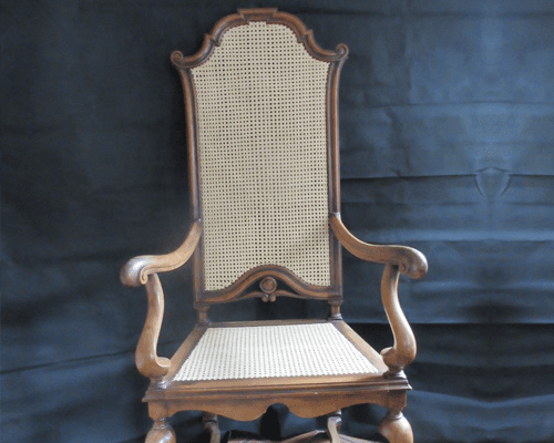 Chair polishing