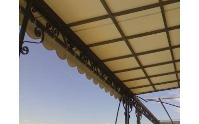Struttura in ferro per tenda esterna