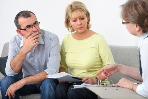 Professional helping couple in regards to family law in Rochester, NY