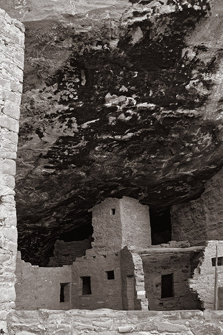 ruins smoke mesa verde colorado
