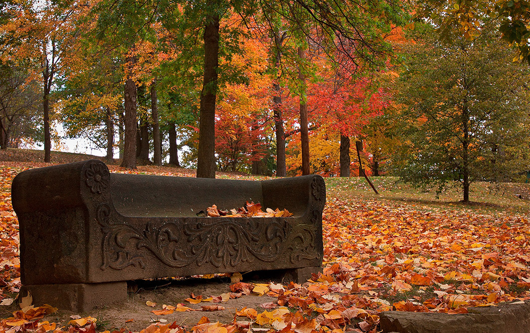stone bench fall ohio