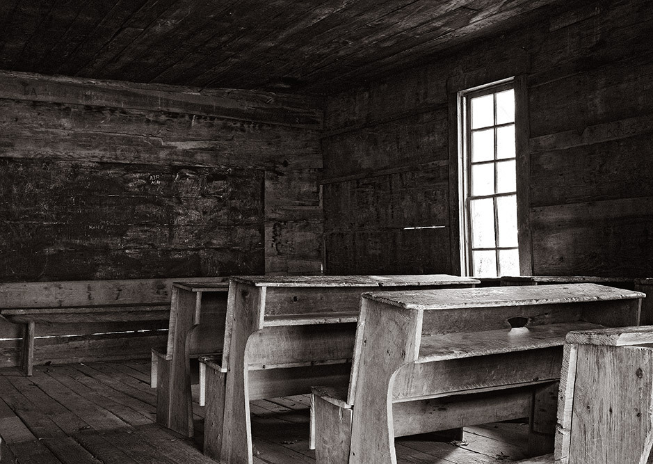 school house smoky mountains park