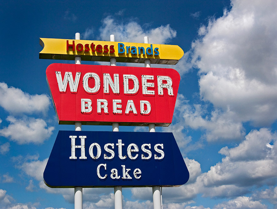 wonder bread hostess cake sign