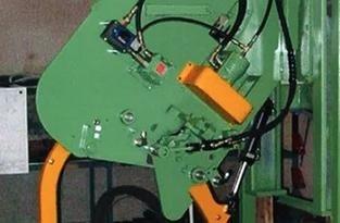 ماكينات ربط  لفائف الحديد