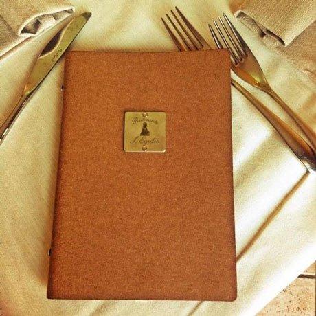 Elegante carta del menu del ristorante