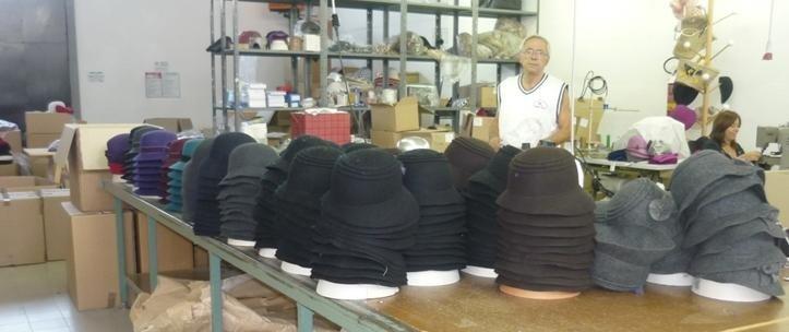 Produzione artigianale cappelli