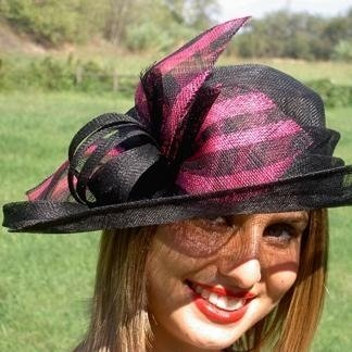 Production of women's hats, wedding, hats in Sisal, accessories, Poggio a Caiano (PO), Prato, Florence (FI), Toscana