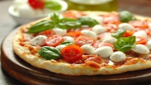 Pizza de tomate