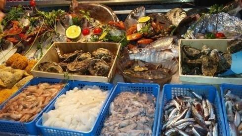 balcão de peixe