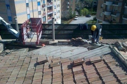 Chiama Pulisud per la sistemazione del tetto di casa