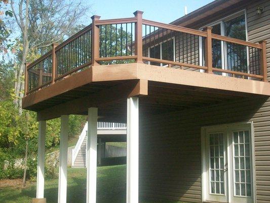 Three meter high wooden deck