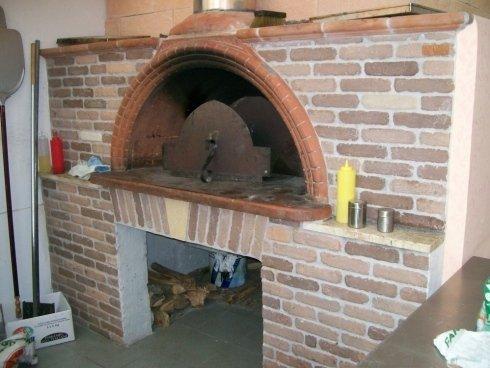 Pizzeria da asporto Mazpizzeria, pizza da asporto. pizze farcite