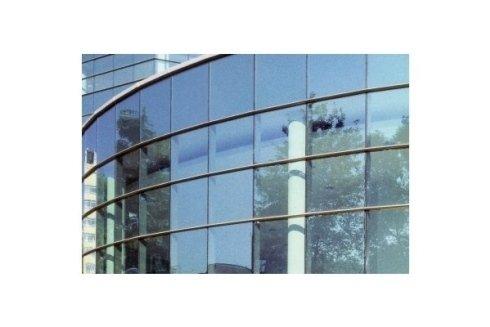 palazzina di vetro termico per il controllo del sole