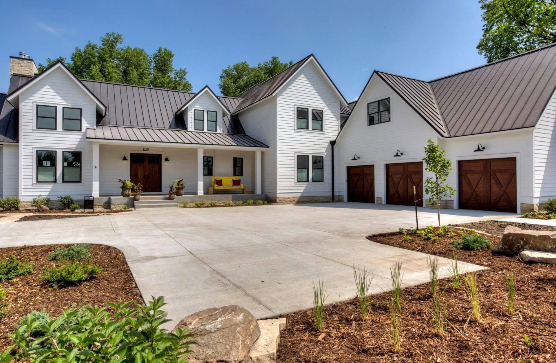 Bella Homes Of Iowa Custom Home