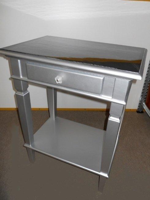 Verniciatura tavolino