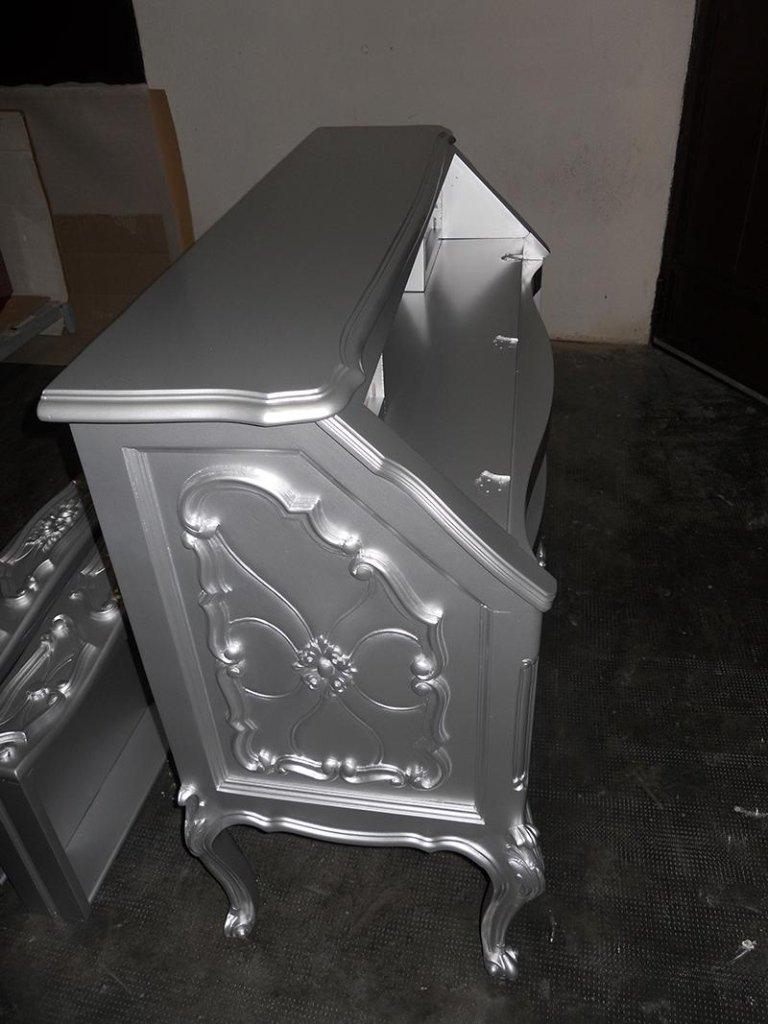 mobile antico riverniciato argento