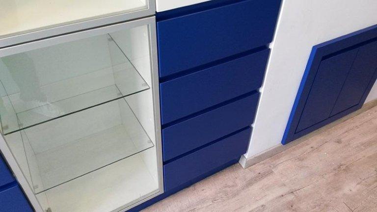laccatura mobili uso ufficio