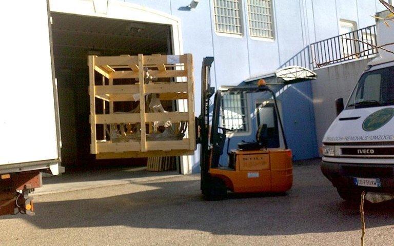 Giulio Bigonzoni Traslochi & Trasporti - Noleggio attrezzature professionali per traslochi
