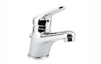 un rubinetto con miscelatore