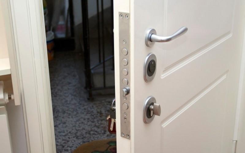 Maniglie e serrature in alluminio