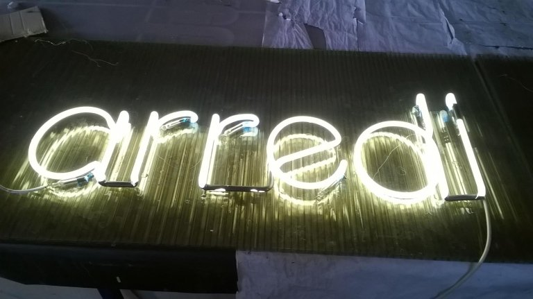 Insegne Outlet - Neon Salò