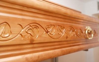 cofano in legno
