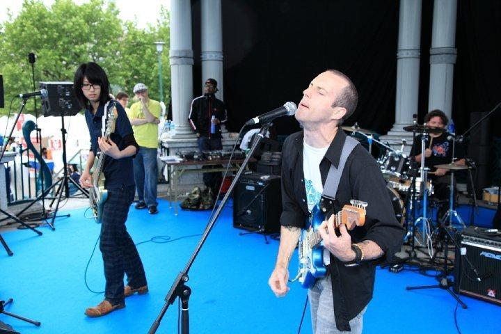 Rock band on stage at Chubu Walkathon 2010