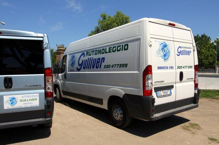 Noleggio Furgoni, furgoni con conducente, Noleggio monovolume, Orvieto, Terni,