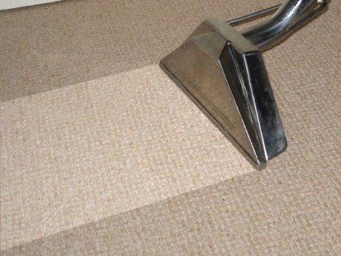 Pulizia e igienizzazione tappeti a domicilio