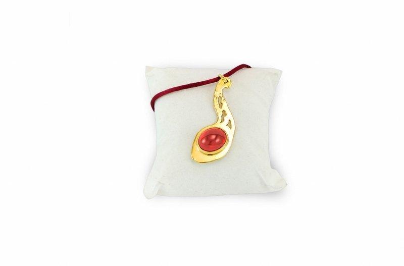 collana in oro con pietra preziosa arancione