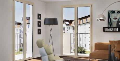 Dettaglio finestra in legno e alluminio