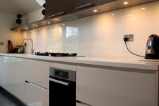 Valentino Kitchens Glass Splashbacks Worktops Kitchen