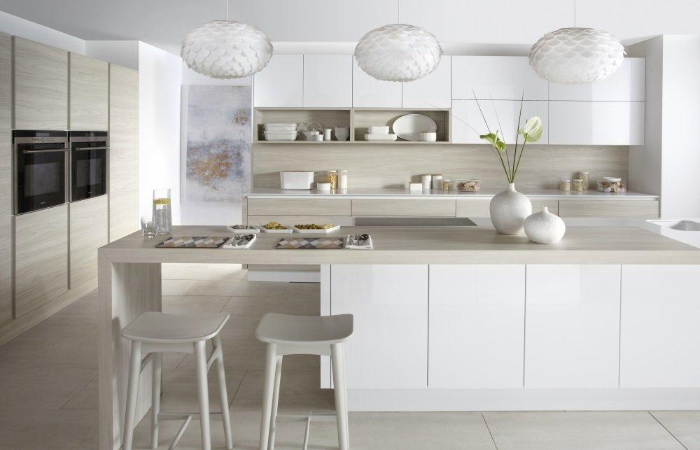 Gloss Matt Wood Kitchen Finishes: Otto Matt Handleless Gloss Kitchens