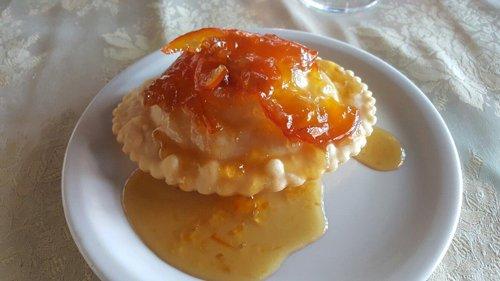 tortino con glassa all`arancia