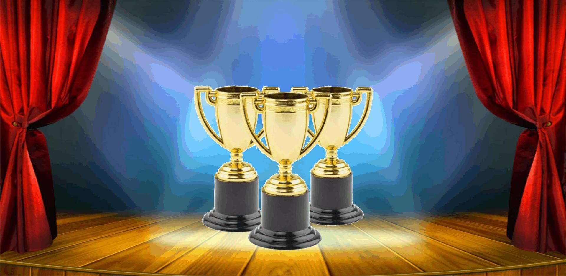 Tre trofei d'oro
