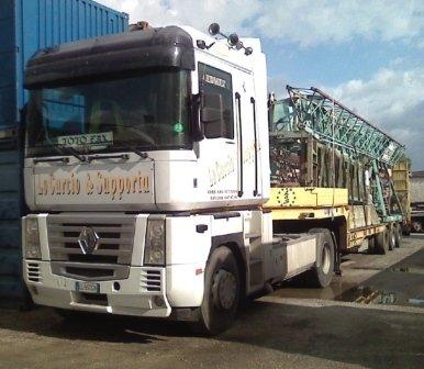 trasporto merci, trasporto attrezzature, trasporto materiale edile