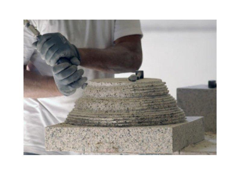 lavorazione in granito
