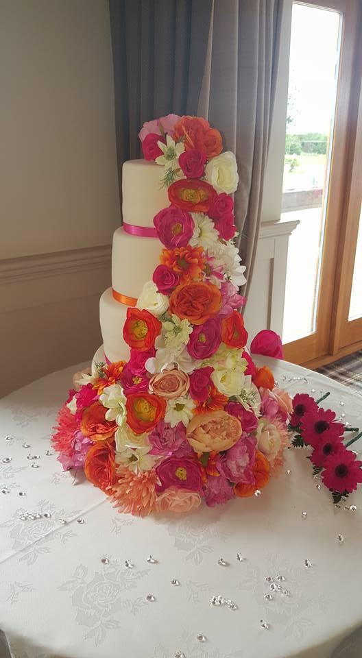 floral based cake