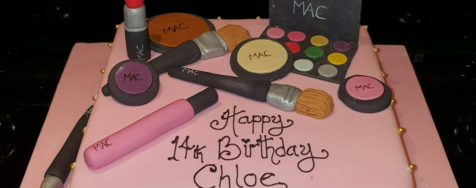 cosmetics themed cake