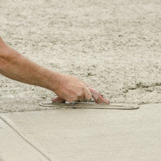 floor concreting and screeding