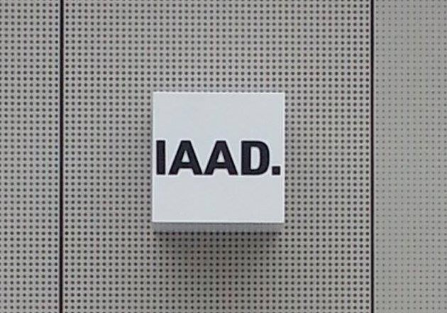 Insegna dell' Istituto d'Arte Applicata e  Design di Torino