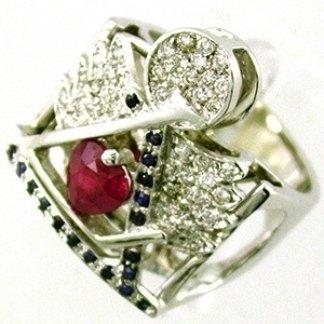 anello con rubino, zaffiri e brillanti