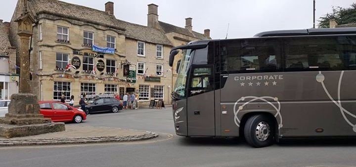 Coach at Stow on the Wold