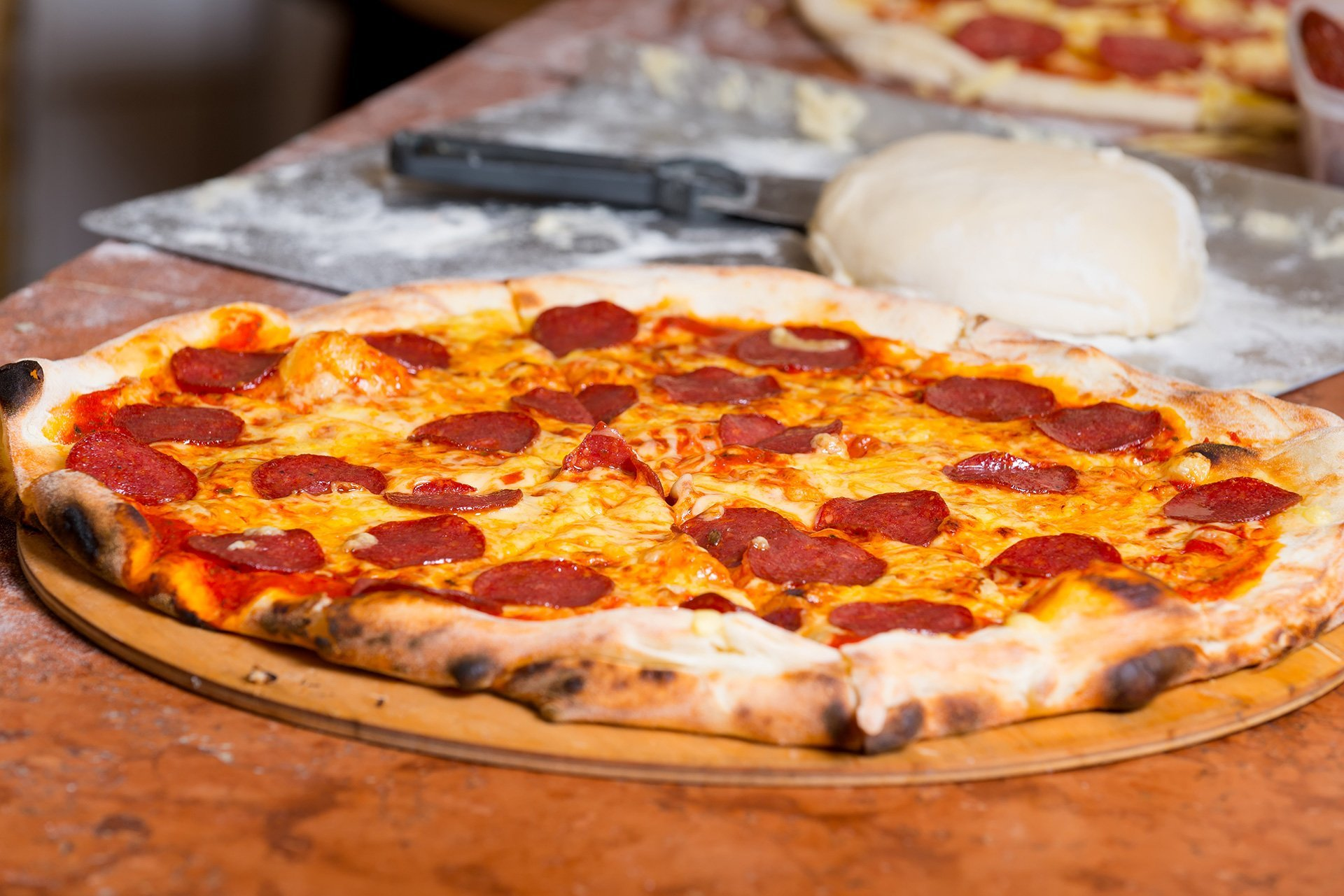 pizza al salamino