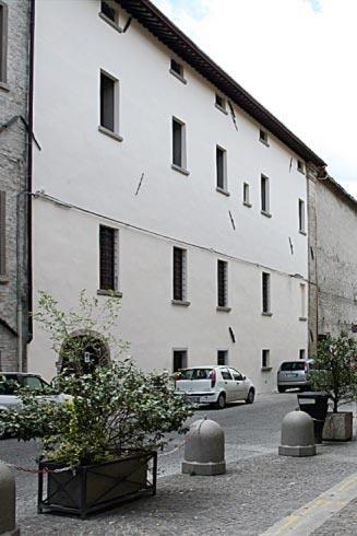 Rifacimento facciata palazzo