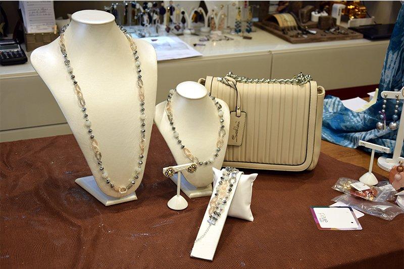 Bijoux, borse e accessori