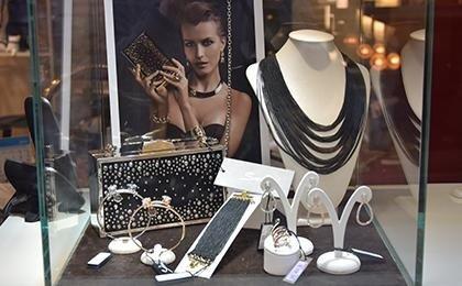 bijoux e accessori moda